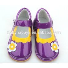 Chine usine chaussures élégantes chaussures bébé chaussures grinçantes en gros