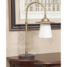 Klassische Bügeleisen Tischlampen für Hotel (SL82155-1T)