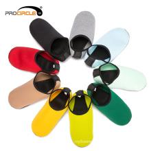 Cómodas zapatillas de agua de nylon de secado rápido
