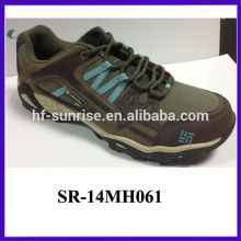 Chinese latest mens best hiking boots for wholesale