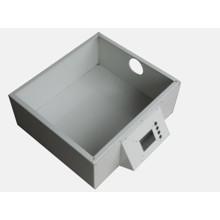 Pulverbeschichtete Anschlussdose, Stromverteilung für das Gerät