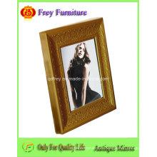 Marco de madera de moda de la foto con diseño antiguo