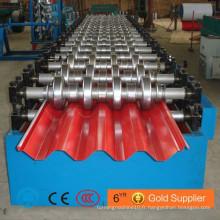 Machine en forme de rouleau de panneau de toit en acier coloré / Machine de fabrication de toit ondulé