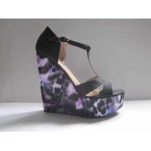 Fashion Women Dress Shoes Wedge Ladies Sandals (HCY03-056)