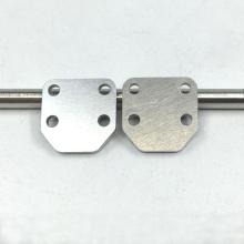 Placage au nickel brillant sur les pièces en aluminium