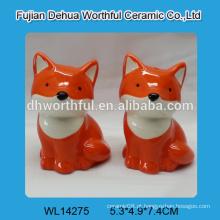 Fox bonito, formado, cerâmico, sal, pimenta, recipiente, grosso