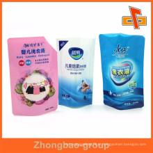 A venda quente de China levanta-se acima dos sacos de lavanderia plásticos transparentes selados selos térmicos feitos sob encomenda para o líquido
