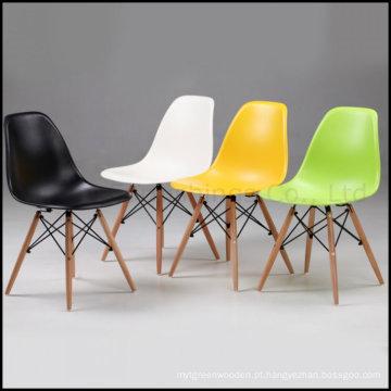 Replica Moderna Cadeira Dsw Eames Plastic Chair (SP-UC026)