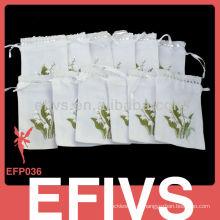 Bonito tecido branco caixa de presente de jóias tendência atualmente em estilo