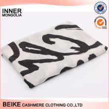 Châle coloré d'hiver de conception faite sur commande d'arrivée pour l'écharpe 100% de coton des femmes à vendre