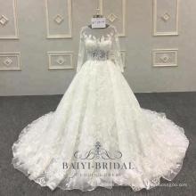 Vestido de novia de talla grande Vestido de novia musulmán de manga larga con aplicaciones de encaje de flores 3D