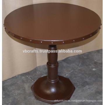 Mesa redonda con reborde metálico de hierro fundido industrial
