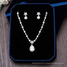 New Design Silver Rhinestone Fashion Necklace Earring Set