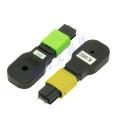 Bouclage de fibres optiques MPO pour la transmission de données