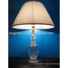 Lampe en cristal pour la décoration de table