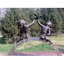 Decoração do jardim artesanato em metal vida tamanho paz anjo bronze menino e menina escultura