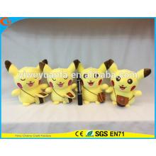El estilo de moda vendedor caliente Pokemon va los juguetes de la felpa El amarillo lindo rellenó la muñeca de Pikachu del morral