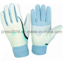 Запуск зимней зимней спортивной перчатки