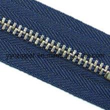 5# Brass Metal Zipper with Y Teeth in Silver Color