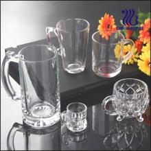 Tasse en verre à bière avec poignée (GB094314)