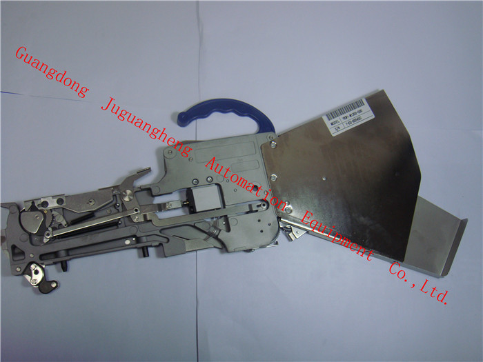 KW1-M1300-000 CL 8x2MM YAMAHA Feeder