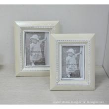 """White Plastic Frame in 4X6"""" for Gift"""