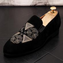Sapatos de couro de veludo remendo bordado preto verão