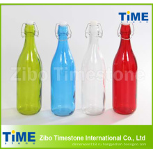 Красочные стеклянная бутылка с крышкой