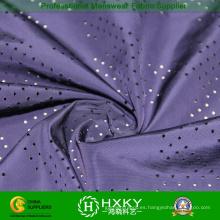Llano teñido a tela poliester perforada para la chaqueta o forro