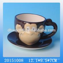 Последний дизайн керамической чашки с блюдцем набор для года обезьяны