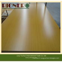 Contreplaqué de mélamine jaune pour la fabrication de meubles