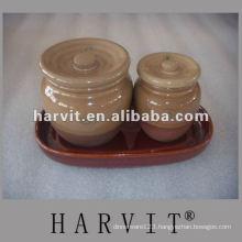 ceramic salt/paper/sugar cruet pot with lid