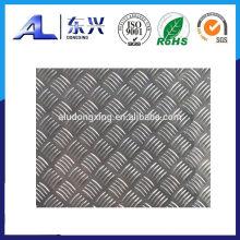 Hoja de aluminio a cuadros