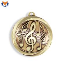 Auffällige Goldmetall-Musikmedaille