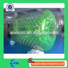 Rouleau d'eau gonflable de haute qualité vert à prix raisonnable