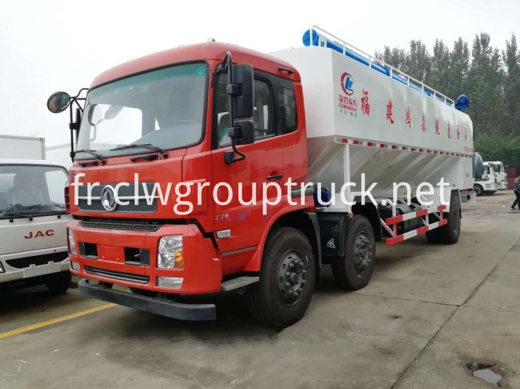 Bulk Fodder Transport Truck 3