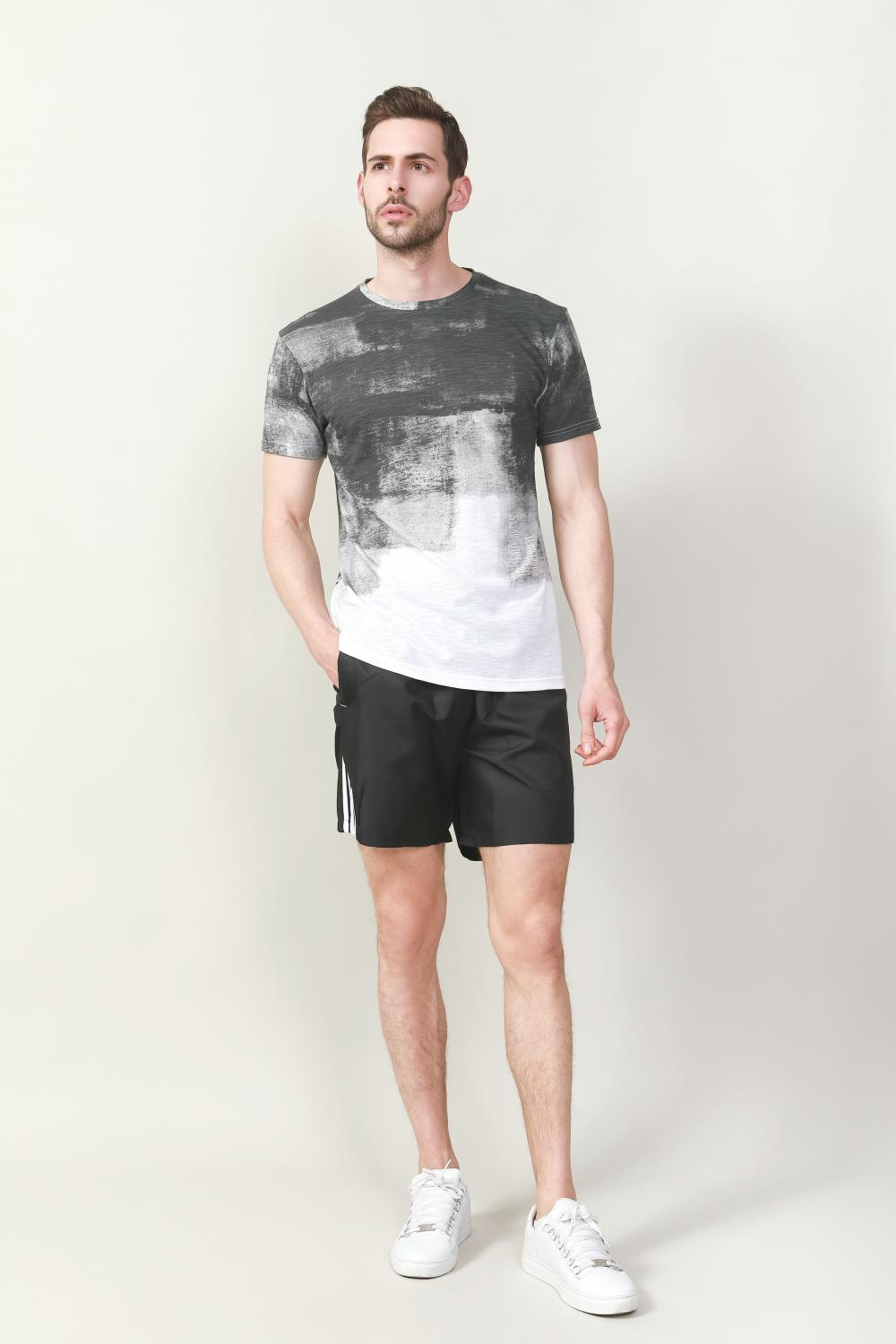 Men's poly sport short with side seam contrast tipping