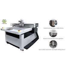 Cortador de papelão com sistema de corte digital