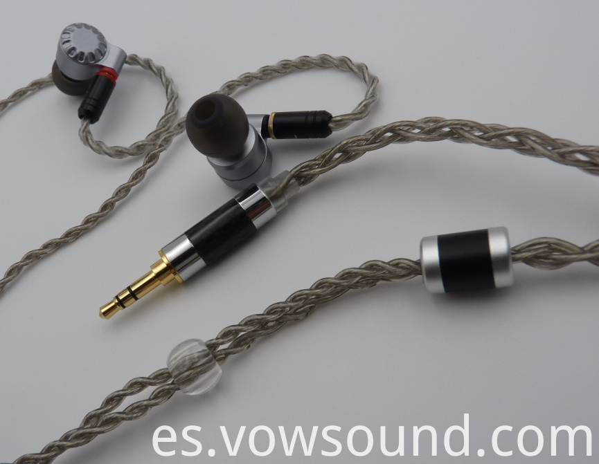 audiophile stereo earbuds