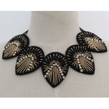 Fashion Charm Crystal Costume Chunky Necklace Collar (JE0163)