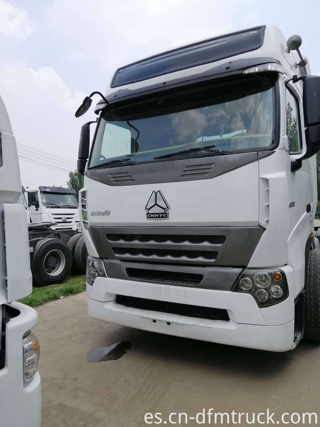 HOWO A7 tractor head truck (2)