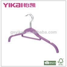 Пластиковая вешалка с резиновым покрытием ABS
