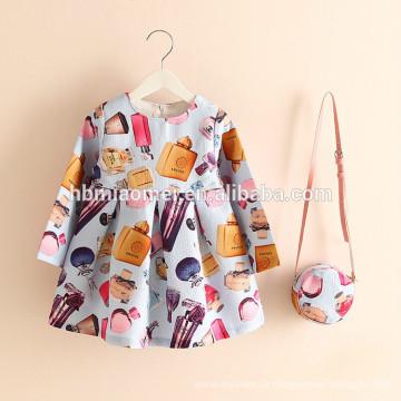 2017 venda quente Impresso vestido da menina 2 pcs vestido de princesa vestido floral menina com saco para uso casual