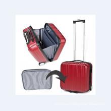 Случай багажа перемещения в Красный