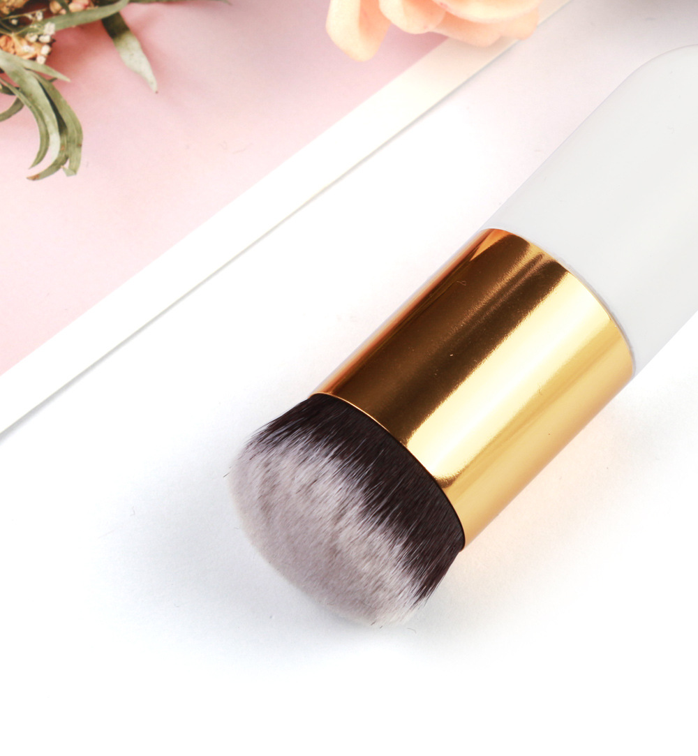 Single Foundation Makeup Brush 8