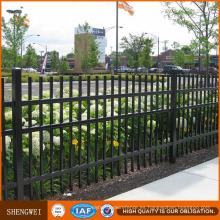 Diseño de valla tubular de hierro portátil residencial