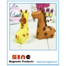 Магнит Mini Kiss Giraffe / Украшение из смолы / Подарок на автомобиль