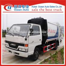 JMC 4 * 2 pequeña capacidad del camión de basura de la cargadora trasera