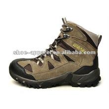 warm hiking shoes