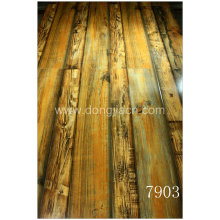 Diferentes Largura Looking Laminate Flooring 7903